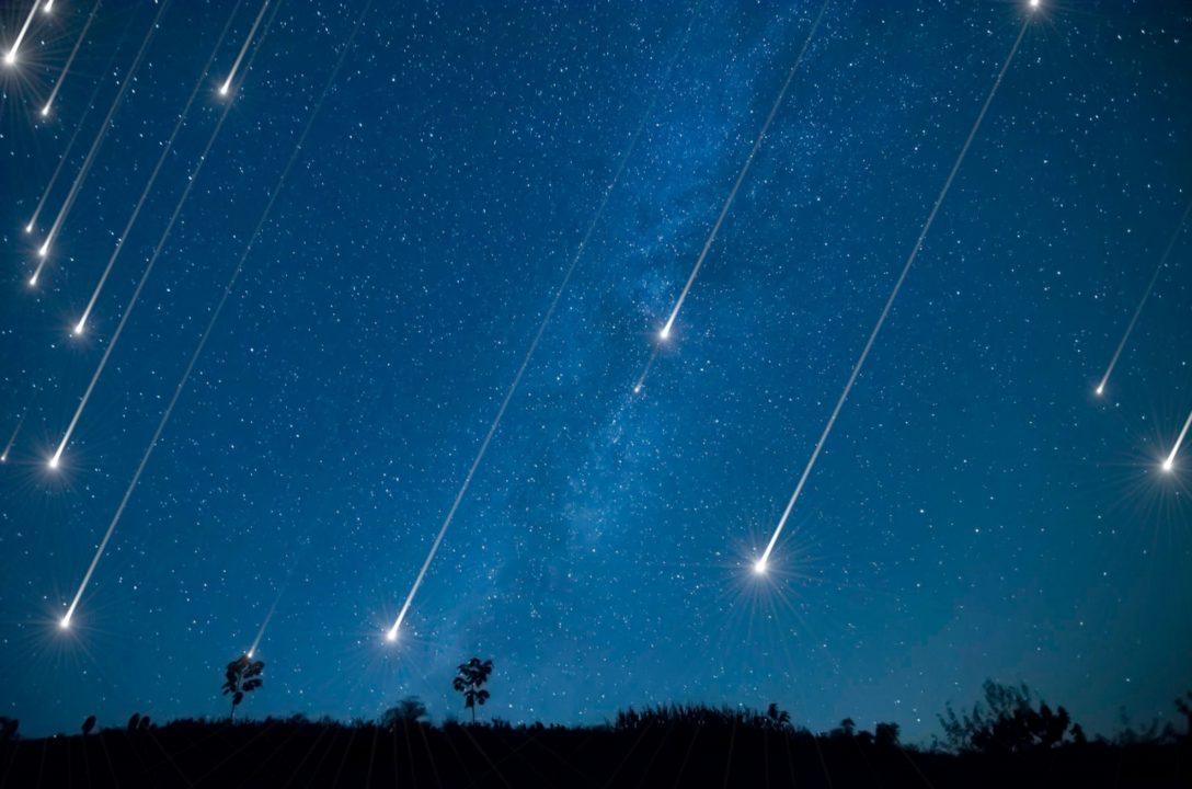 часто метеоры в космосе картинки этого